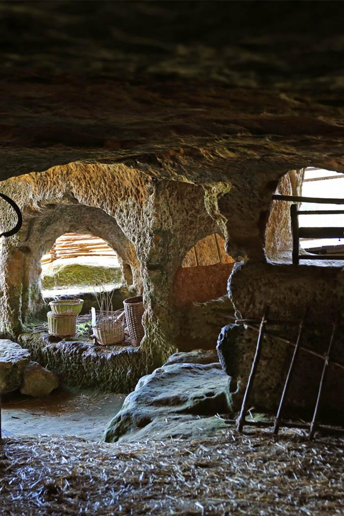 Le fort troglodyte - Château de Commarque